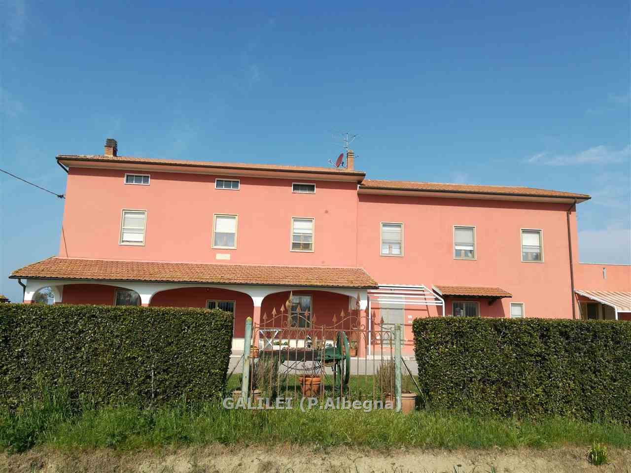 Casa colonica in vendita a alberese galilei immobiliare for 6 piani di casa colonica di 6 camere da letto